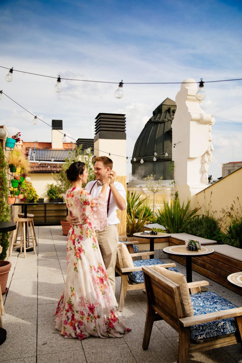 Ilenia & Víctor | Gran Vía rooftop wedding